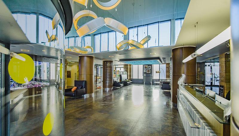 Холл в одном из домов ЖК Парк Мира